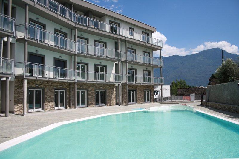 Lago Como Domaso Residence con Piscina