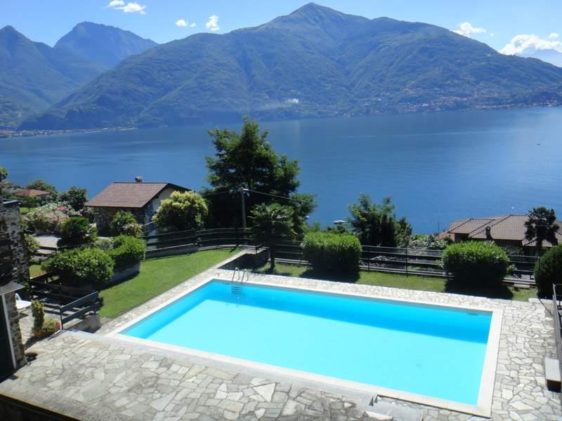 Lago como san siro appartamento con giardino for Appartamento lago
