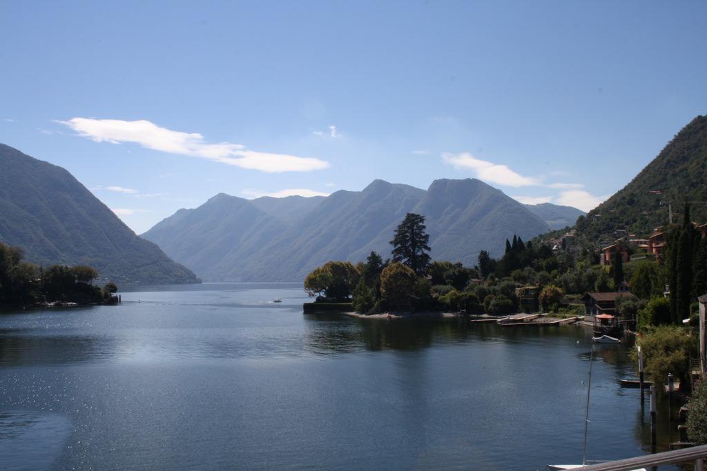 Lago como ossuccio appartamento fronte lago for Appartamento lago