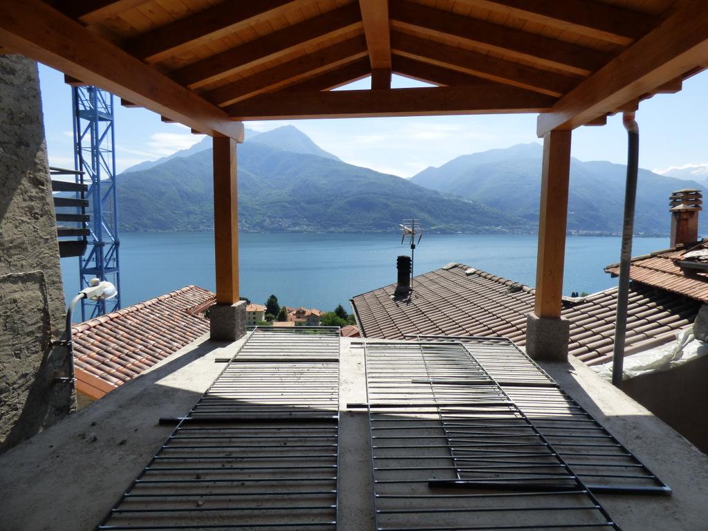 Lago como pianello del lario appartamenti con piscina e vista lago - Appartamenti con piscina ...