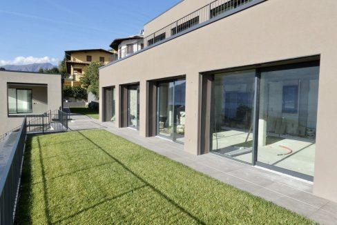 Appartamenti Moderni Gera Lario Lago Como con Piscina soleggiata