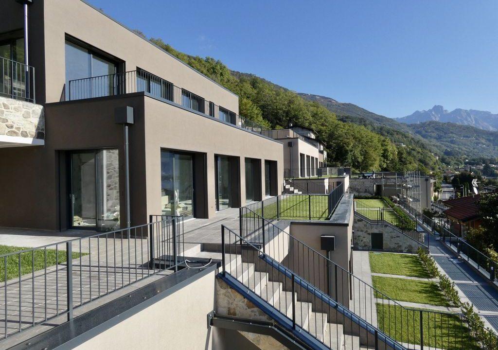 Appartamenti Moderni Gera Lario Lago Como con Piscina su 2 livelli