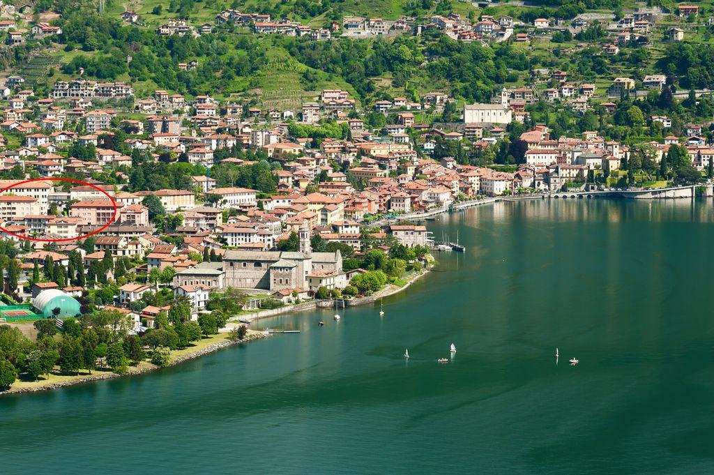 Lago Como Gravedona ed Uniti Appartamenti con terrazzo
