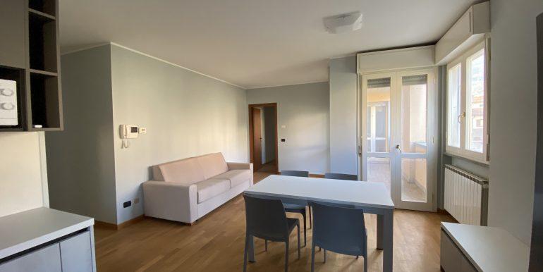 Lago Como Gravedona ed Uniti Appartamenti con terrazzo - soggiorno B16