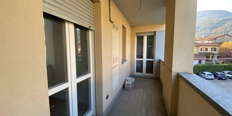 Lago Como Gravedona ed Uniti Appartamenti con terrazzo - terrazzo B16