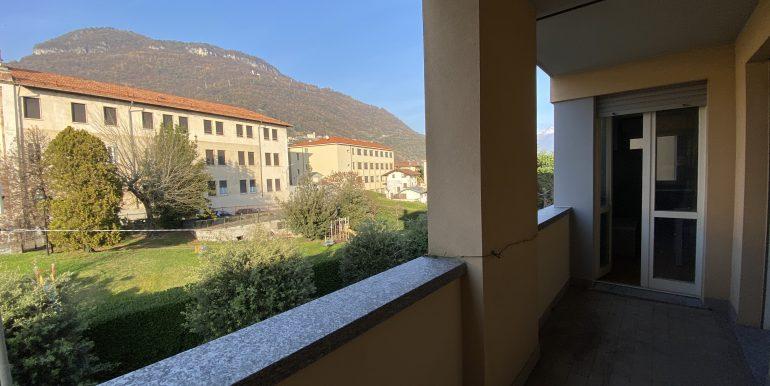 Lago Como Gravedona ed Uniti Appartamenti con terrazzo - B16