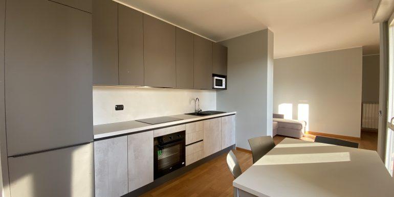 Lago Como Gravedona ed Uniti Appartamenti con terrazzo - cucina B8