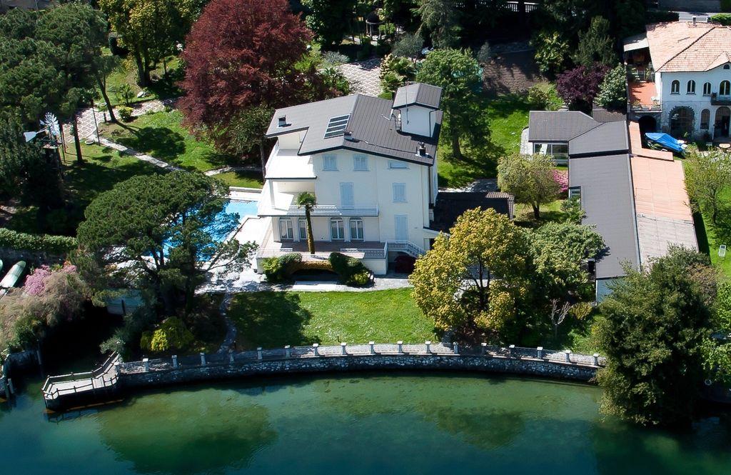Villa di Lusso Lago Como Bellagio Fronte lago