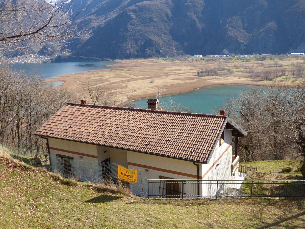 Lago Como Sorico Casa con Terreno