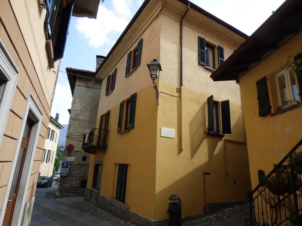 Lago Como Sala Comacina Appartamento con Balcone