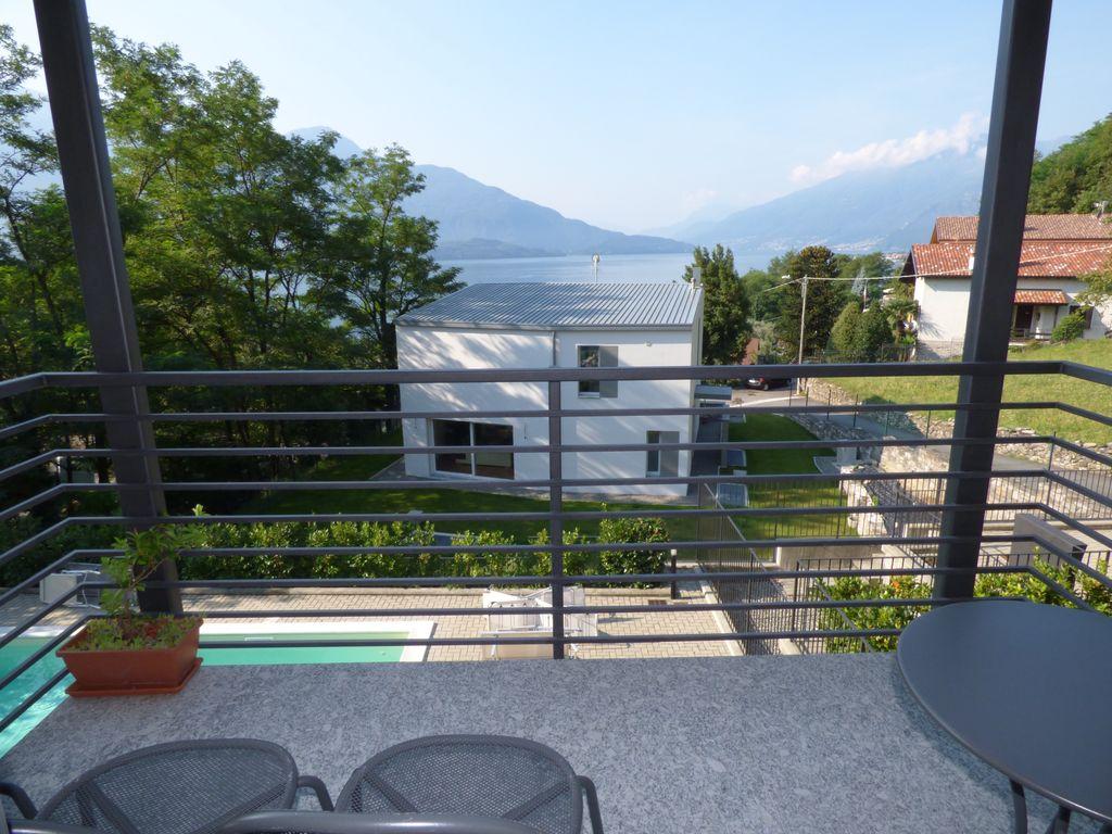 Appartamento Residence con Piscina Gera Lario Lago Como