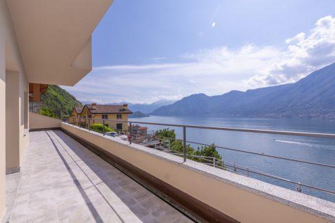 Colonno - Villa moderna vista lago