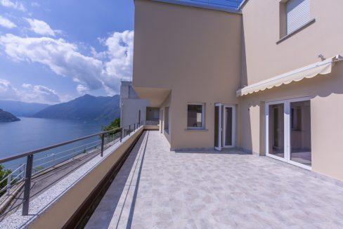 Lago Como Colonno - Villa moderna vista lago