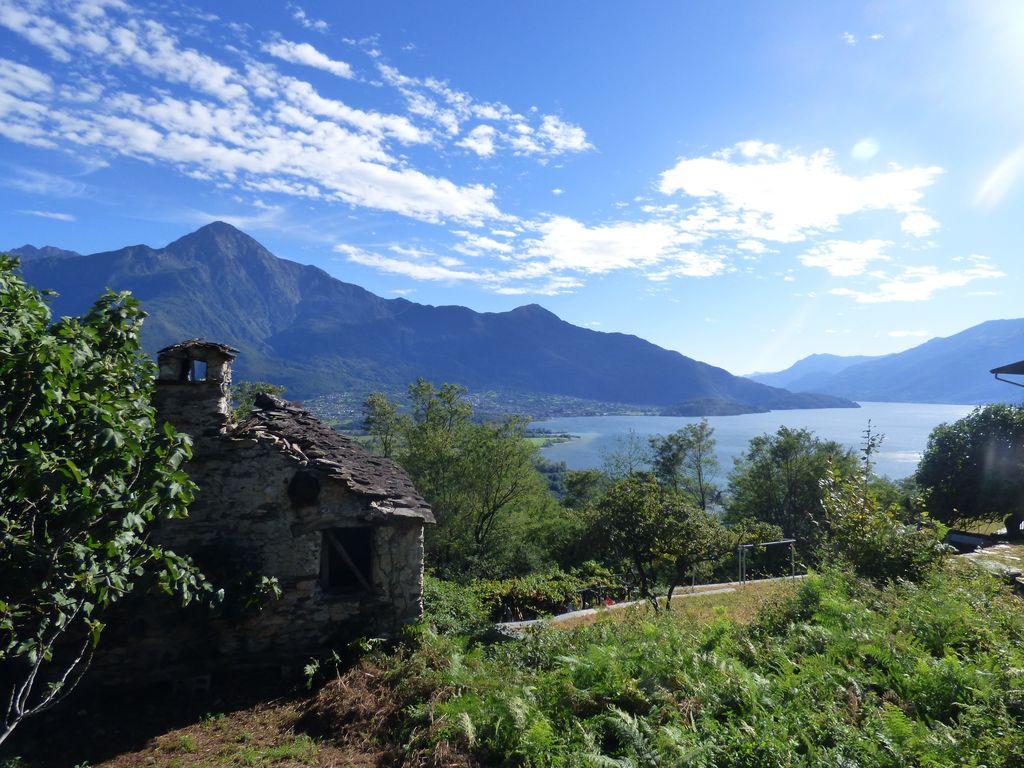 Rustici da ristrutturare vista lago sorico lago como con for Lago vista