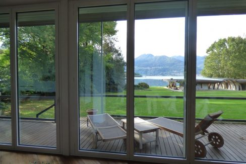 Lago Como Colico Villa Fronte Lago con Darsena