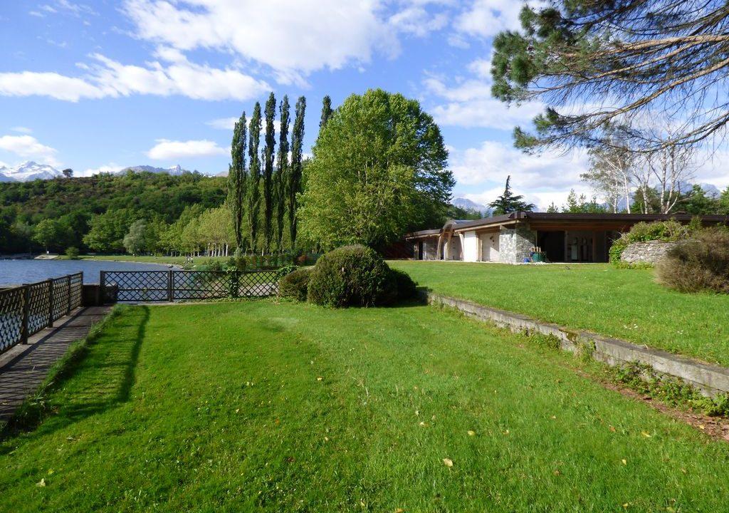 Villa Moderna Direttamente a Lago Colico Lago Como