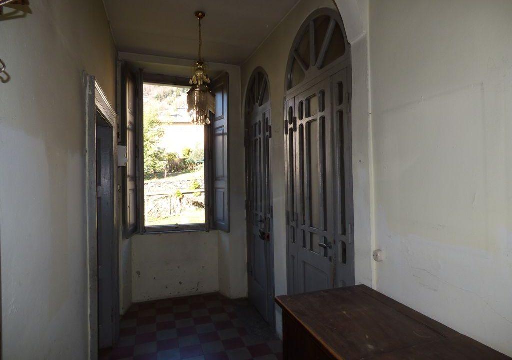 Villa Gravedona ed Uniti con Soffitti con cassettoni