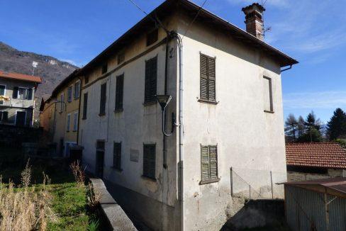 Porzione Villa d'epoca Gravedona con Giardino