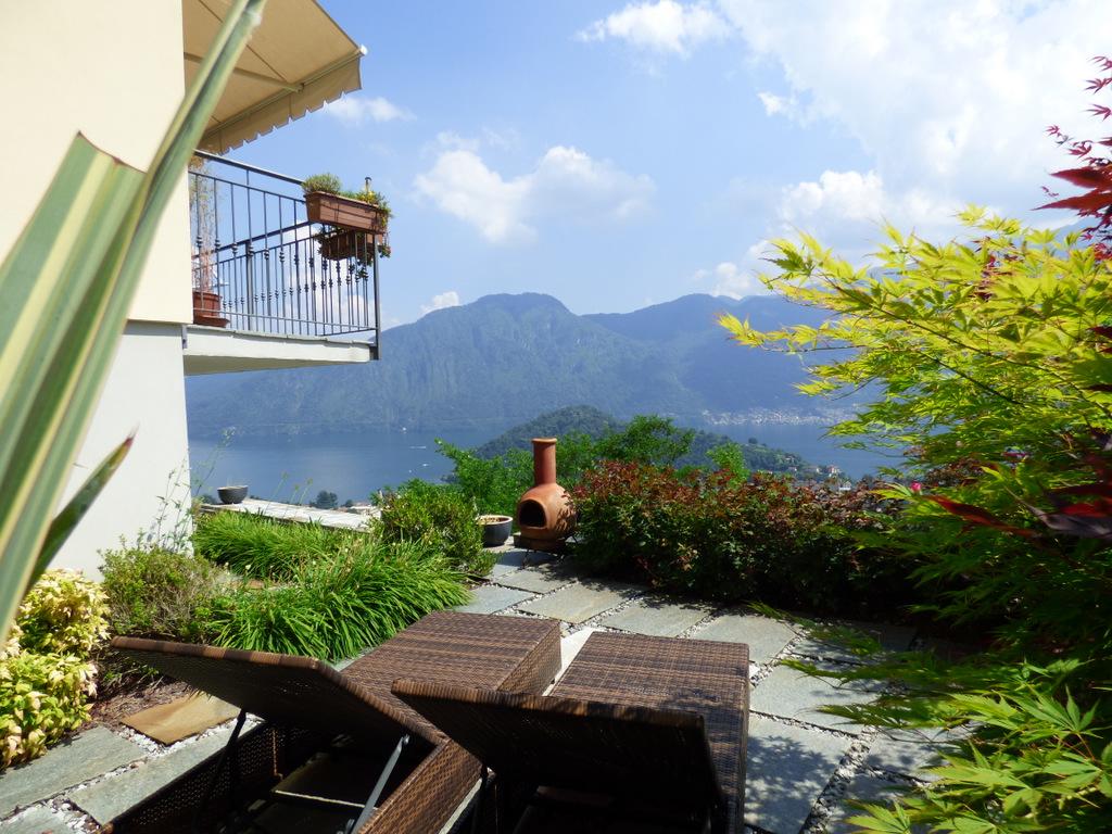 Appartamento Lago Como Lenno Dominante il Lago
