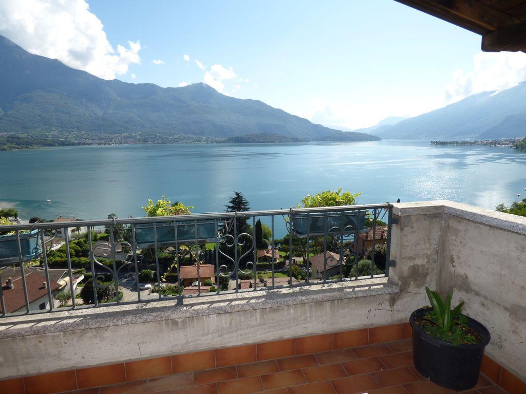 Appartamento con Terrazzo Vista Lago Gera Lario