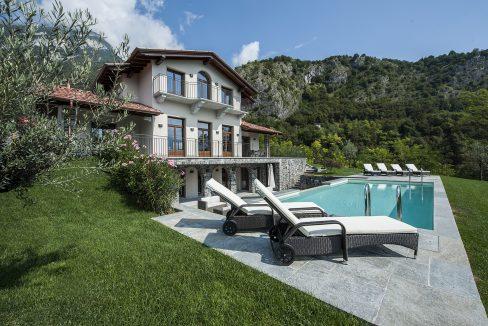 Villa a Tremezzo con giardino e piscina