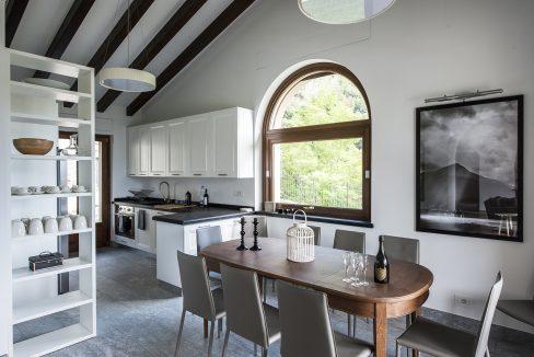 Cucina abitbile - Tremezzo villa  con piscina, giardino e vista lago