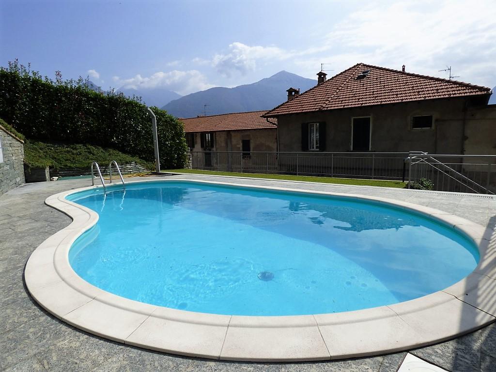 San siro appartamenti con piscina terrazzo e vista lago