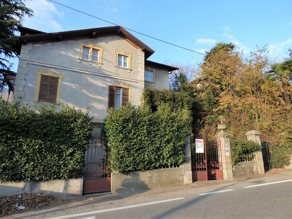 Villa In Vendita A Gravedona