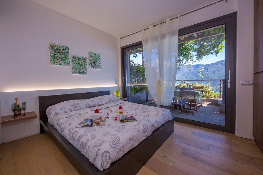 Vercana Appartamento in Residence con Piscina Lago Como