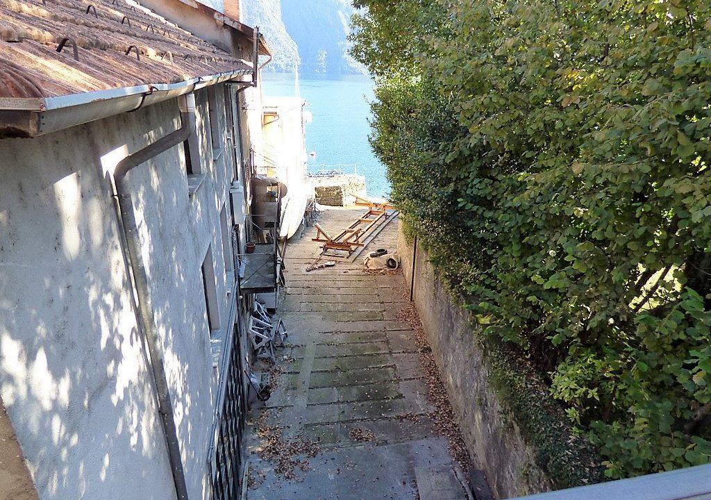 Tremezzo appartamento vista lago e corridoi verso lago