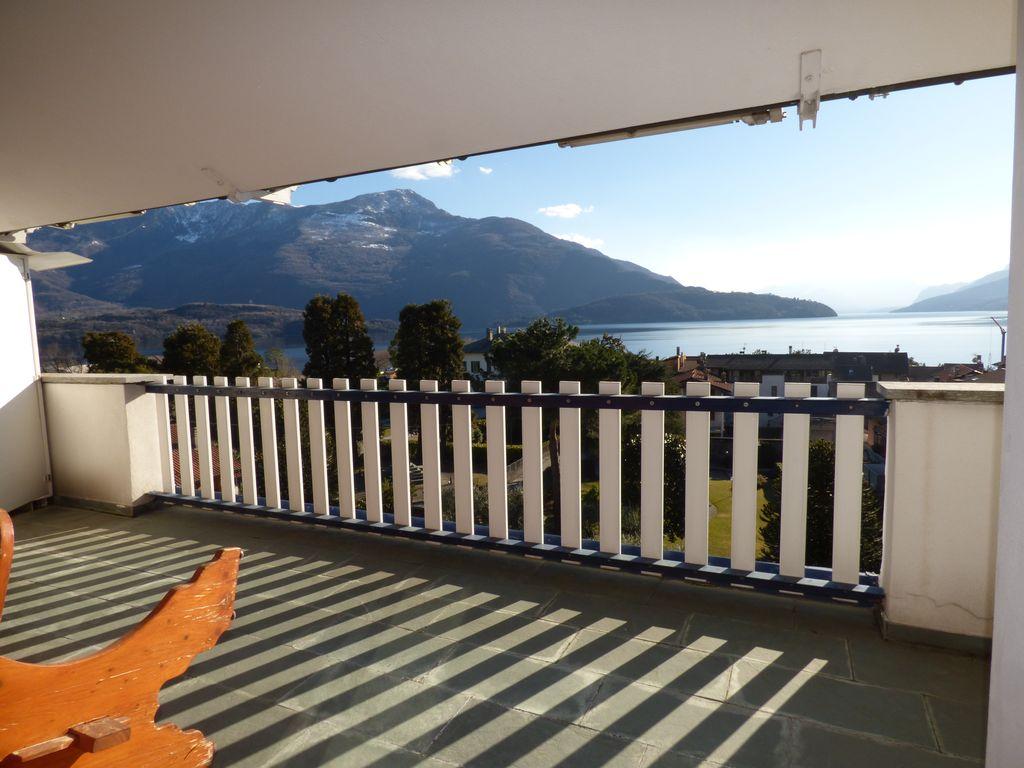 Lago Como Domaso Prestigio Appartamento con Terrazzo