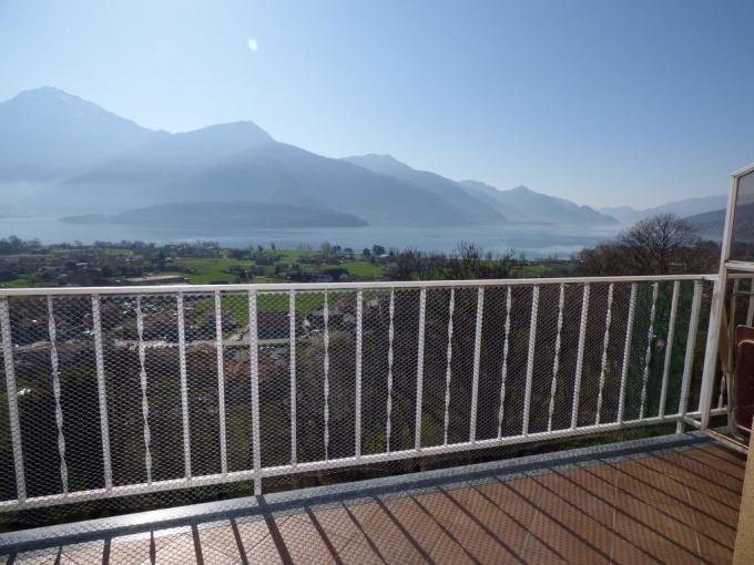 Gravedona ed Uniti Appartamento con Terrazzo e Vista Lago - terrazzo