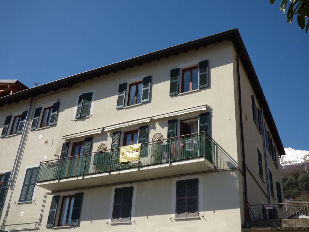 Pianello del Lario Appartamento con Balcone