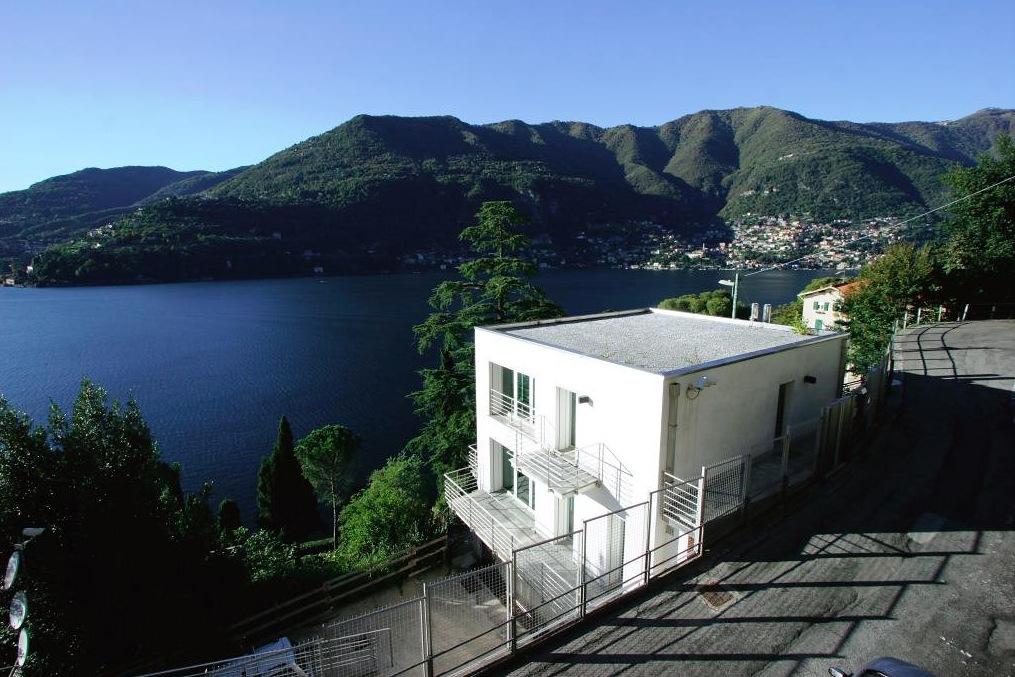 Villa Moderna Blevio con terrazze e vista lago