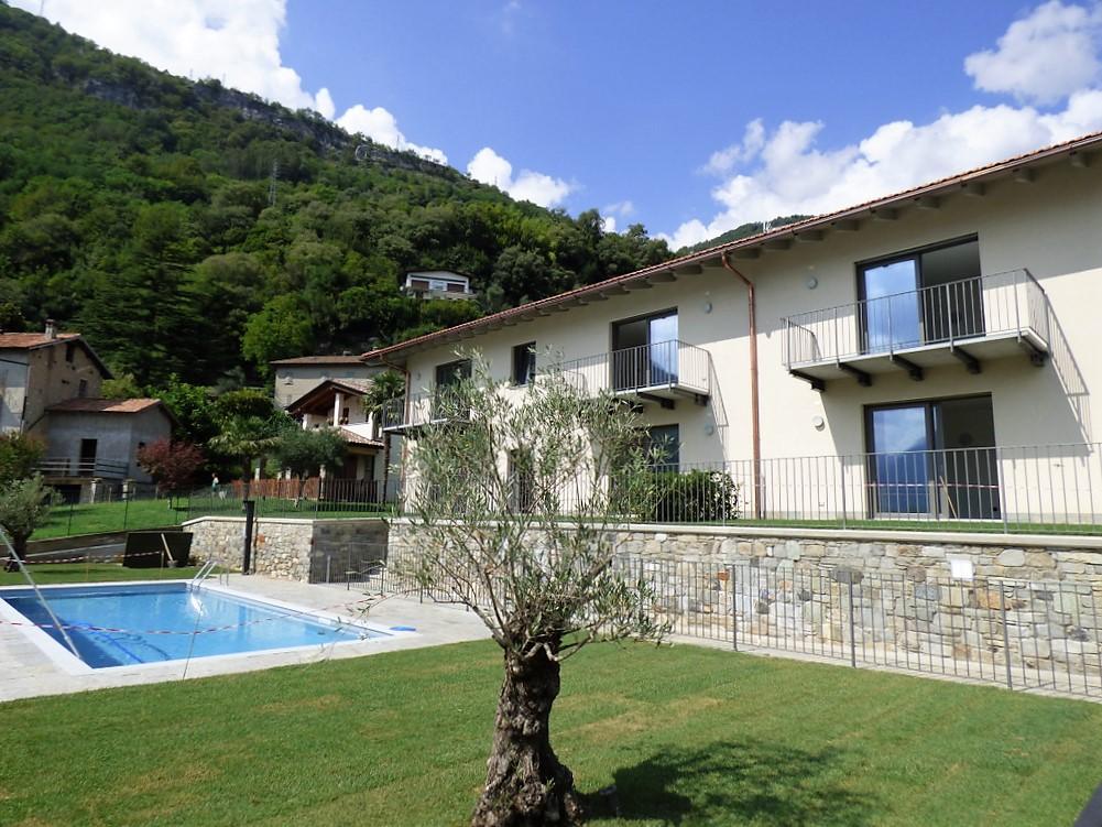 Ossuccio Appartamenti in Residence con piscina e vista lago