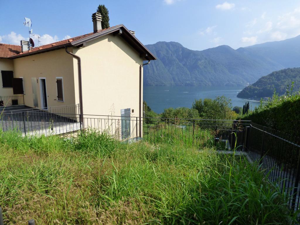 Lago Como Mezzegra Appartamenti con Bellissima Vista Lago