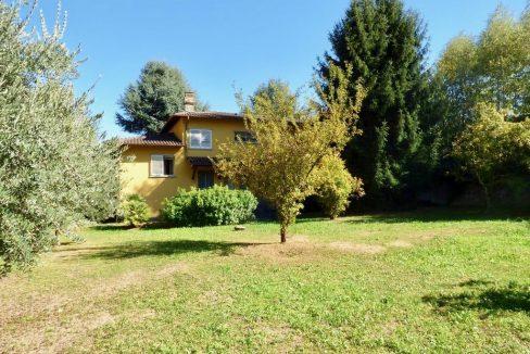 Gravedona ed Uniti Villa con giardino privato