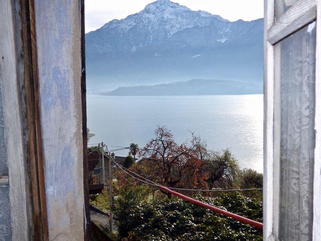 Domaso Collinare Casa In Sasso Vista Lago