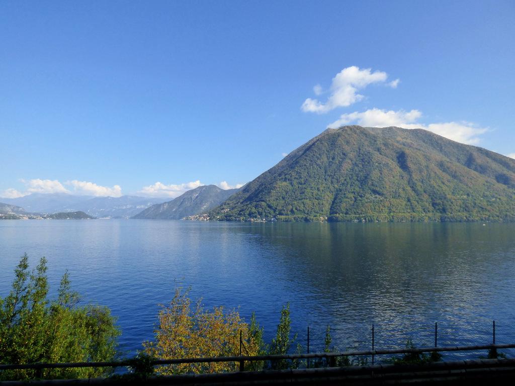 Casa Lago Como Brienno con giardino