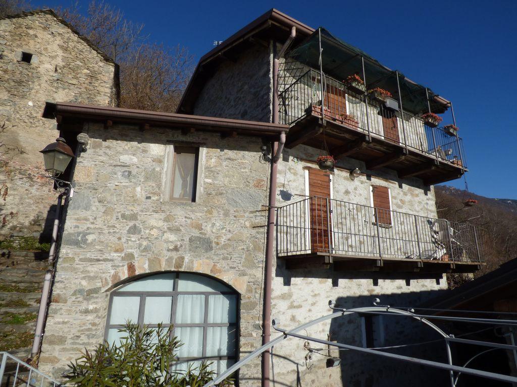 Gera Lario Collinare Casa con Vista Lago Como