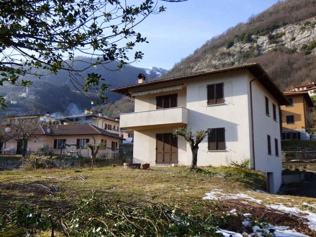Tremezzina Lenno Villa con Giardino e vista lago