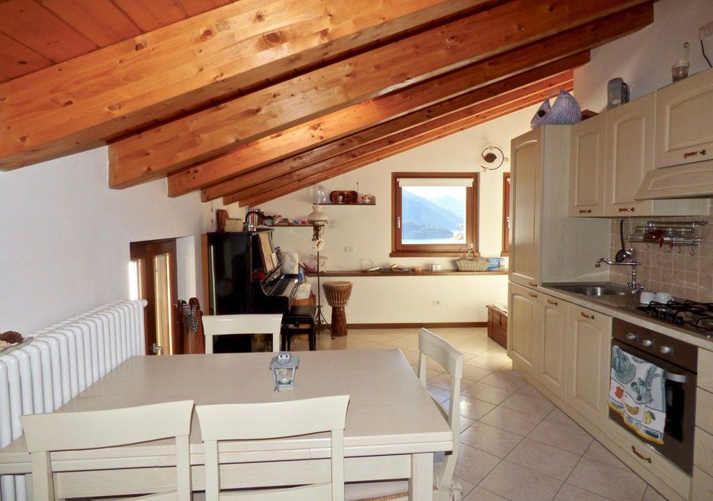Gravedona ed Uniti Appartamento Vista Lago - cucina