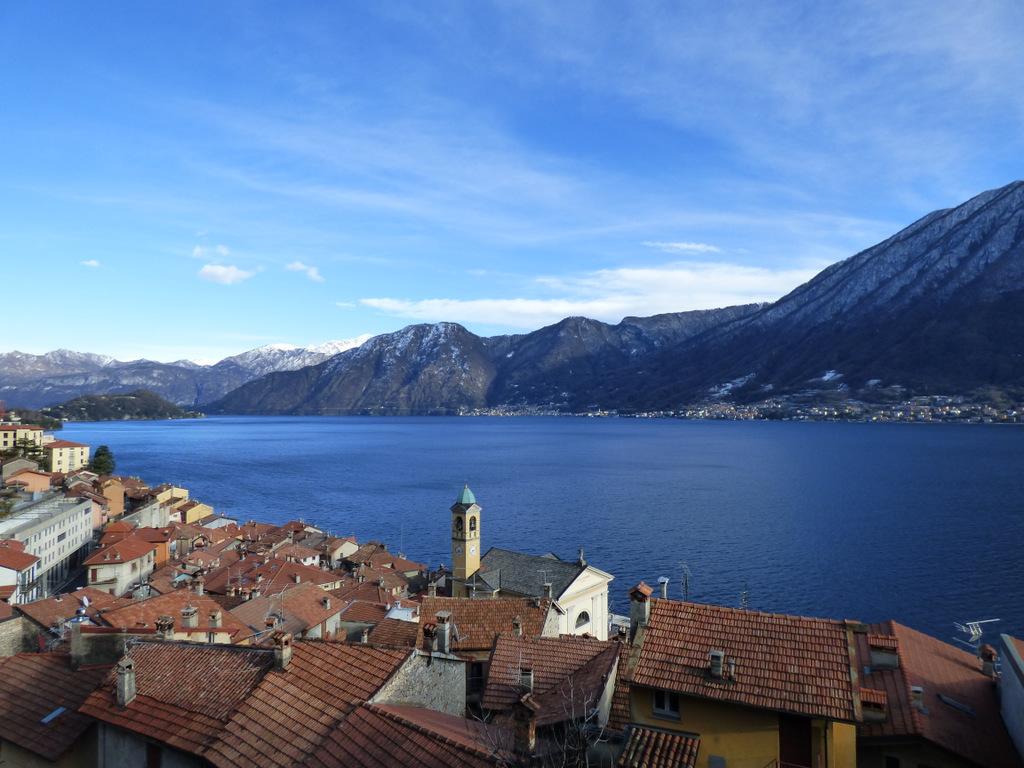 Colonno Casa vista Lago Como con giardino