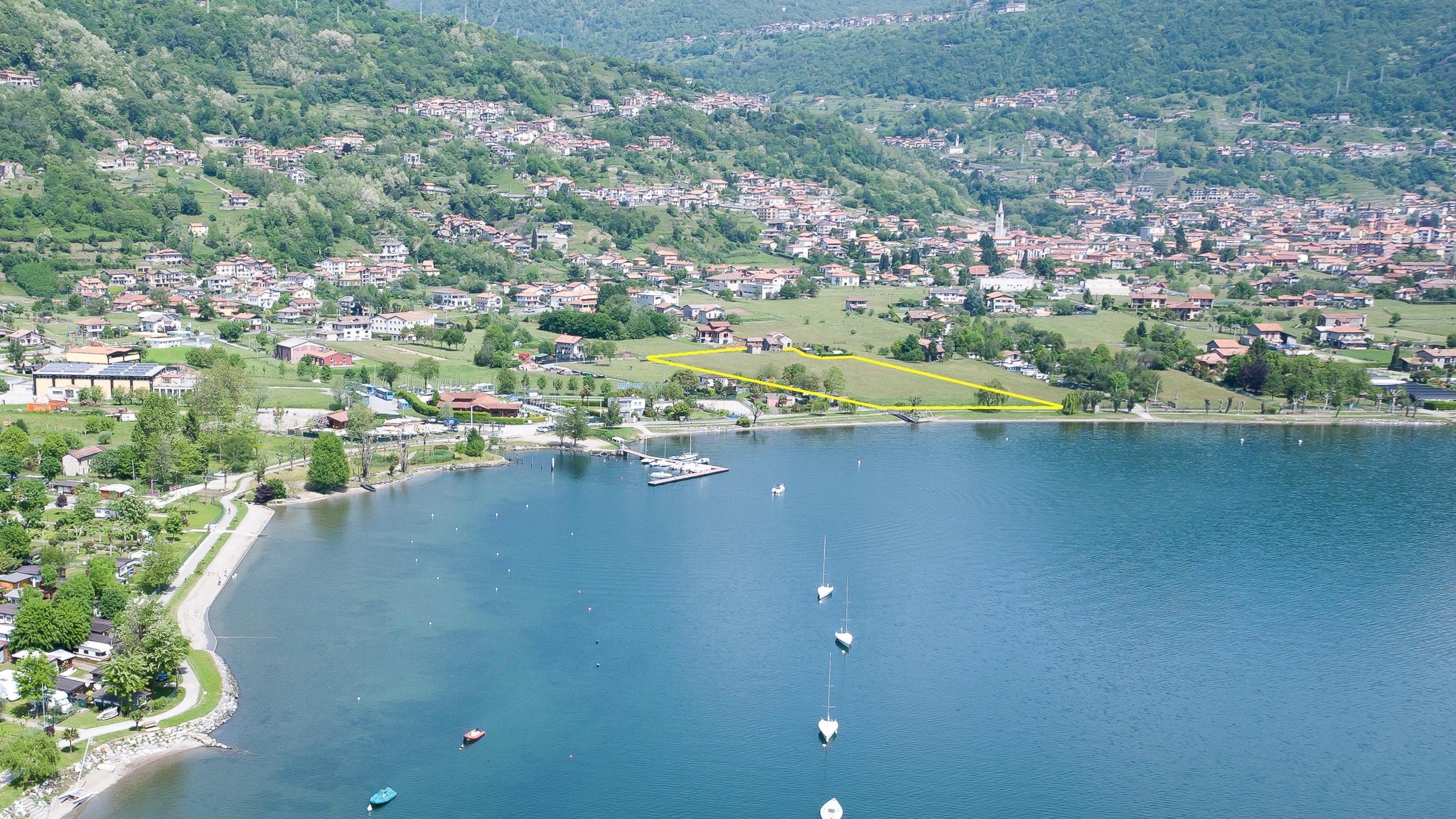 Terreno A Campeggio A Fronte Lago di Como