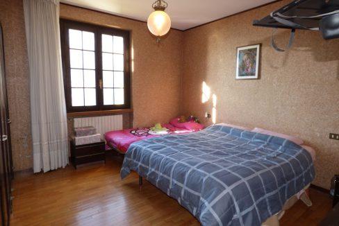 Villa Indipendente Gravedona ed Uniti con garage doppio