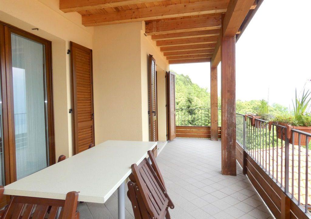 Appartamento Gravedona ed Uniti con Vista Lago - ampio terrazzo