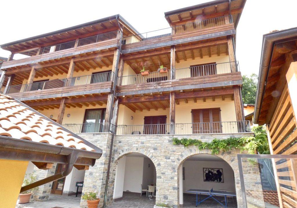 Appartamento Gravedona ed Uniti con Vista Lago con garage