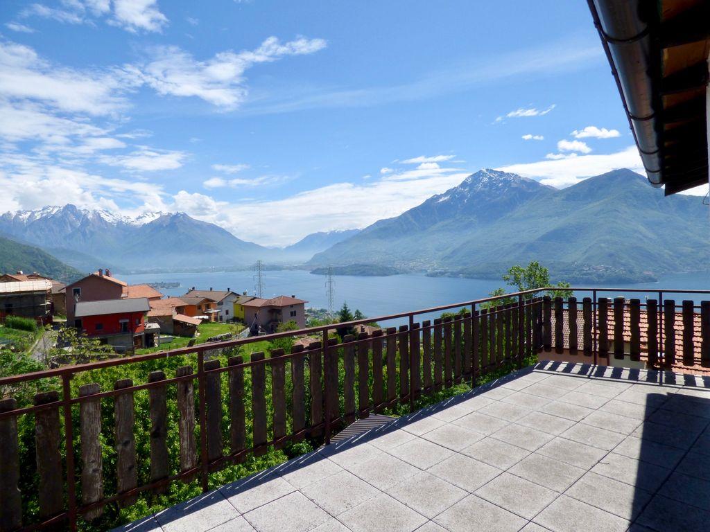 Appartamento Dongo Collinare con Vista Lago