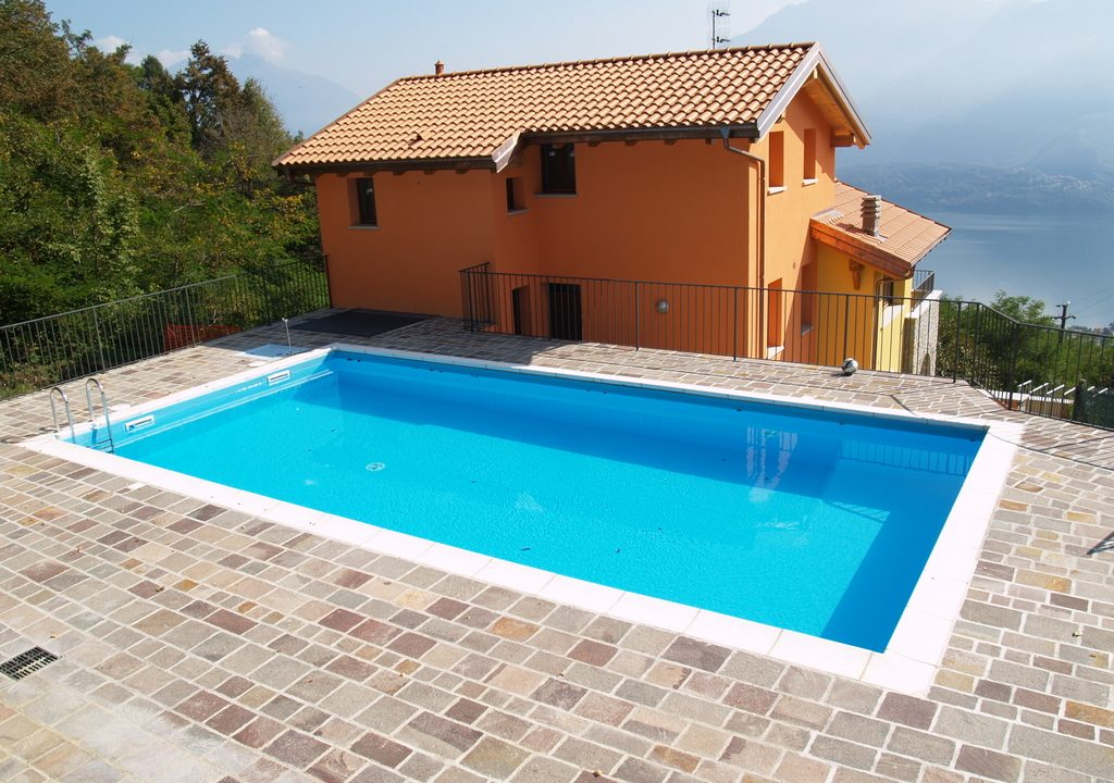 Appartamento Gravedona ed Uniti con Vista Lago - piscina