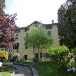 Appartamento in casa d'epoca con giardino